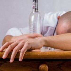 Випити щось алкогольне чи не варто?